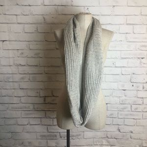 JJill gray cable knit infinity scarf